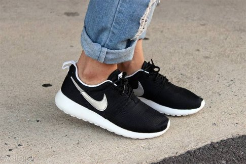 timeless design 75c04 5fcf9 Buty Nike Roshe run