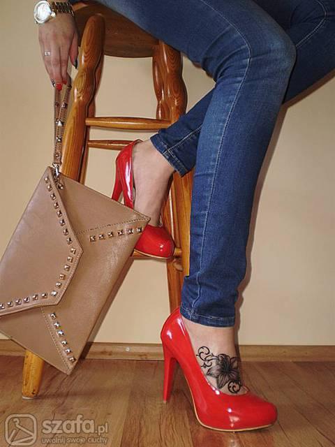 Tatuaż Na Stopie Czy Idzie Wytrzymać Ból Strona 4 Forum
