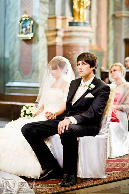Kolor Sukni ślubnej Tylko Biel Forum Szafapl