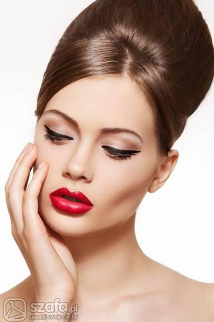 How To Do Bridal Makeup And Hairstyle : jaki makijaz do czerwonej sukienki? - Forum Szafa.pl ...
