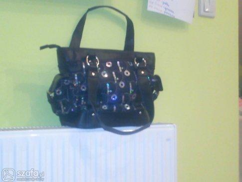 115b40d49aa40 Czy ta torebka Diora jest oryginalna? Jak rozpoznać oryginalną torebkę?