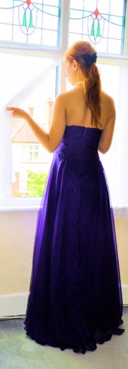 Na bal w fioletach