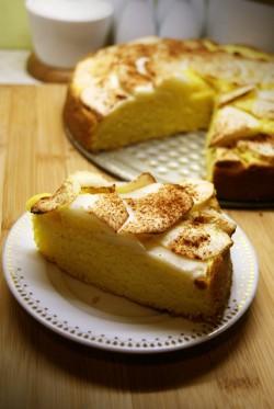 Cytrynowe ciasto z jabłkami