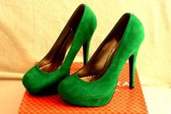 Zielone szpilki