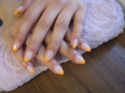 neonowy pomarańcz <3