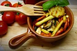 Kolorowy garnuszek warzywny