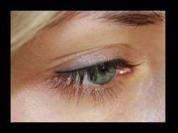 makijaż permanentny kreski górnej oka