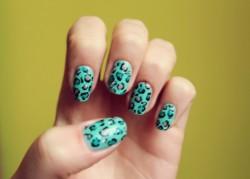perfekcyjne paznokcie w wersji natural oraz tipsy