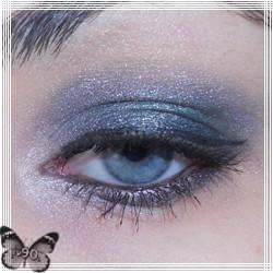 """Lekcja makijażu – makijaż srebrno-zielony """"Bad Girl"""""""