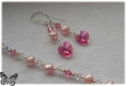 Komplet różowej bizuterii Swarovski na walentynki (Rose AB) z perełkami słodkowodnymi