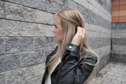 OUTFIT + Pianka Wella 8.1 Jasny popielaty blond