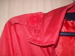 Czerwony trencz;)