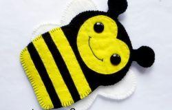 237. Pszczółka - etui na telefon