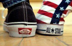Vans vs Converse