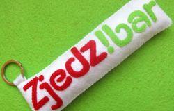 breloczek z filcu Zjedz!bar