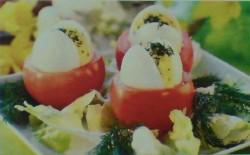 Jaja w pomidorach