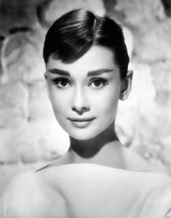 Audrey Hepburn - niewinność i gracja!