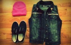 Kamizelka jeansowa DIY z ćwiekami
