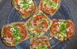 Zdrowsza wersja zapiekanki na razowym chlebie