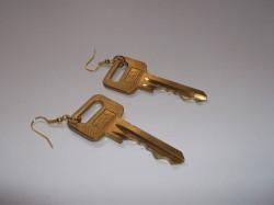 Kolczyki klucze