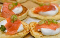 Przepis na łososia czyli placuszki owsiane z serkiem mascarpone