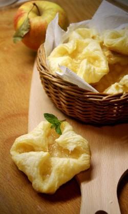 Domowy sposób na... francuskie ciastka z jabłkiem