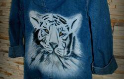 kurtka jeansowa katana DIY malowana ręcznie