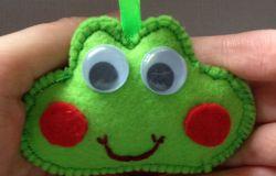 Żabcia z ruchomymi oczkami :)