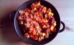Chili con carne z placuszkiem kukurydzianym