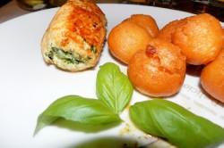 Roladki z kurczaka ze szpinakiem + ziemniaczane kule