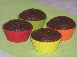 Czekoladowe muffiny z kandyzowaną skórką pomarańczową