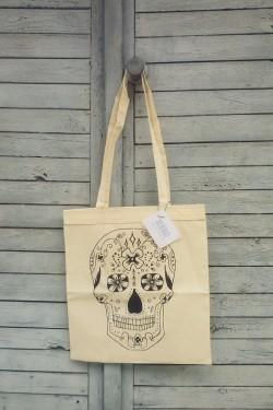 torba z czaszką