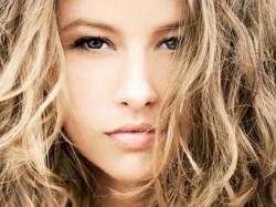 Domowe sposoby na puszyste włosy