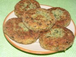 Kotleciki ziemniaczane z rybą i szpinakiem