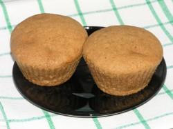 Cynamonowe muffinki w budyniem i jabłkiem