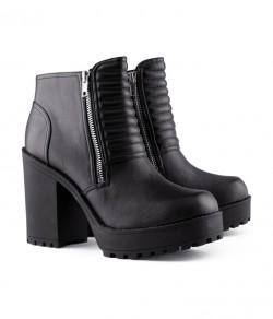 Oczywiście, znowu buty:P