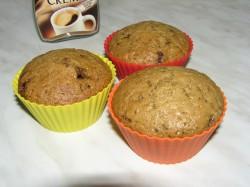 Kawowe muffinki z kawałkami mlecznej czekolady