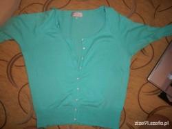 sweterek jasnoniebieski guziczki serduszka