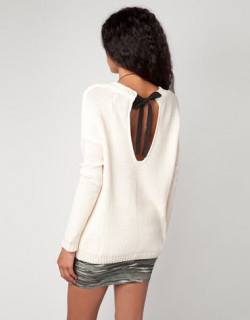 Sweterek BERSHKA