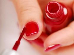 Manicure hybrydowy.