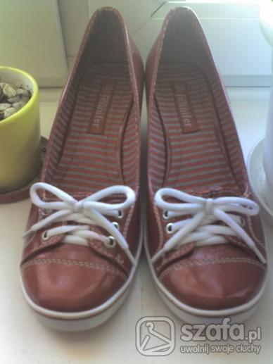 Moje nowe butki na koturnach :]...