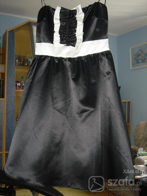Eleganckie Sukienka czarno biała