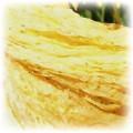 żółta indyjska chusta ze złotymi drobinkami