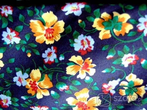 Pozostałe Wiosenny krawat w kwiaty