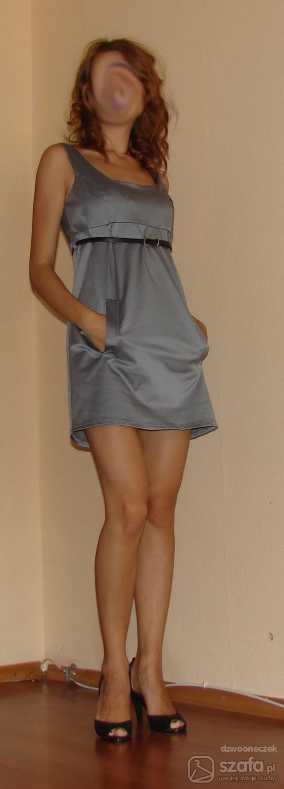 Eleganckie Sukienka przeleżała 2 lata w szafie