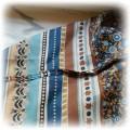piękna niebiesko brązowa chusta