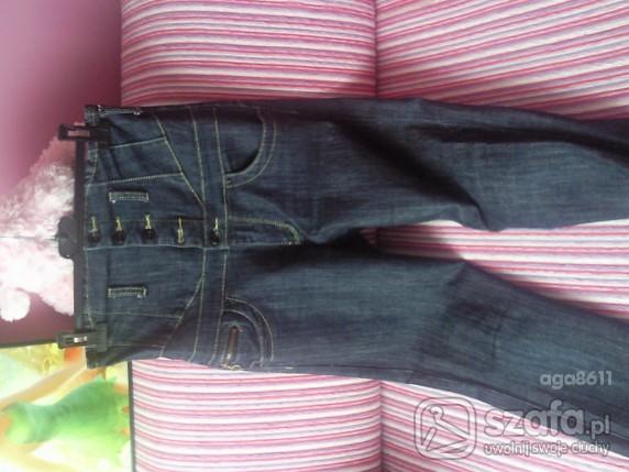 Mój styl Spodnie rurki na wysoki stan