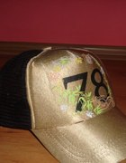 Złota czapka...