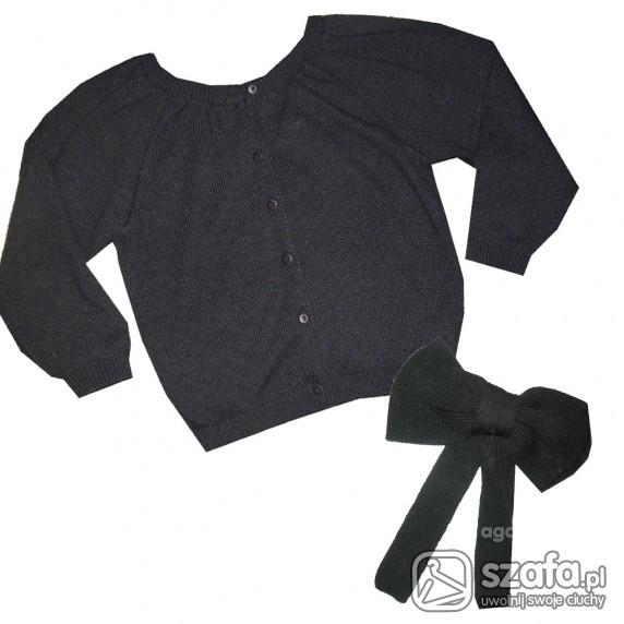sweter z kokardą
