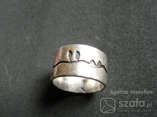 802fee87a10465 piękna srebrna gruba stara obraczka w Pierścionki - Szafa.pl